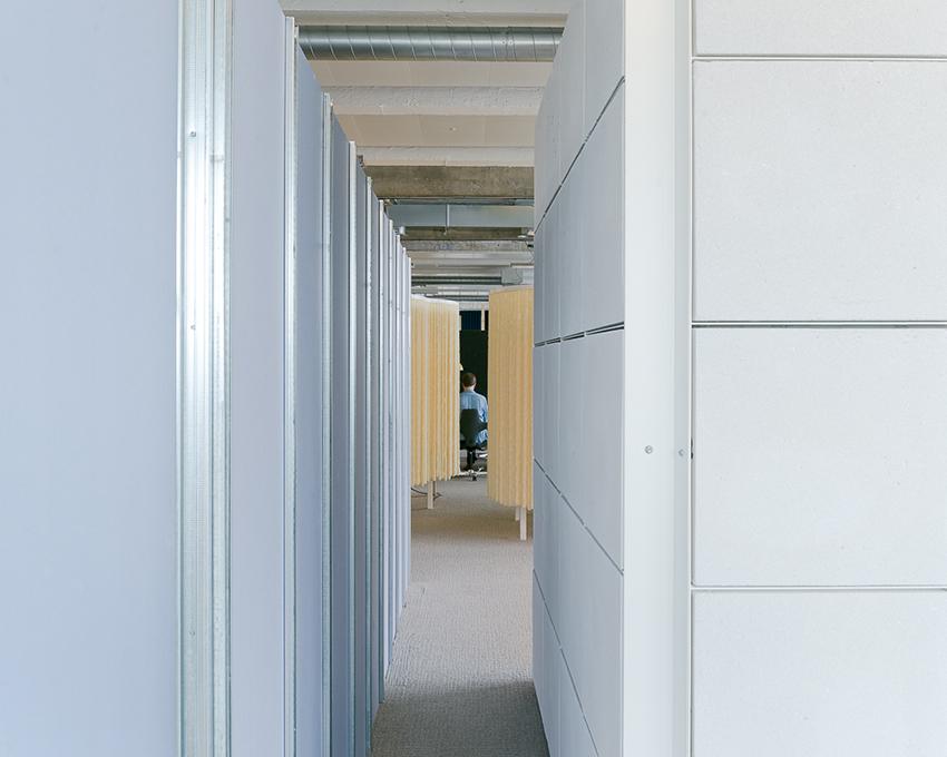 r alisation de 64 espaces et mobilier de travail magasins g n raux betc pantin juillet. Black Bedroom Furniture Sets. Home Design Ideas
